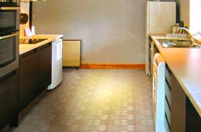 PVC地磚 塑膠地磚 塑膠地板 施工應注意事項